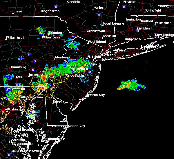 Radar Image for Severe Thunderstorms near Englishtown, NJ at 7/2/2019 7:50 PM EDT