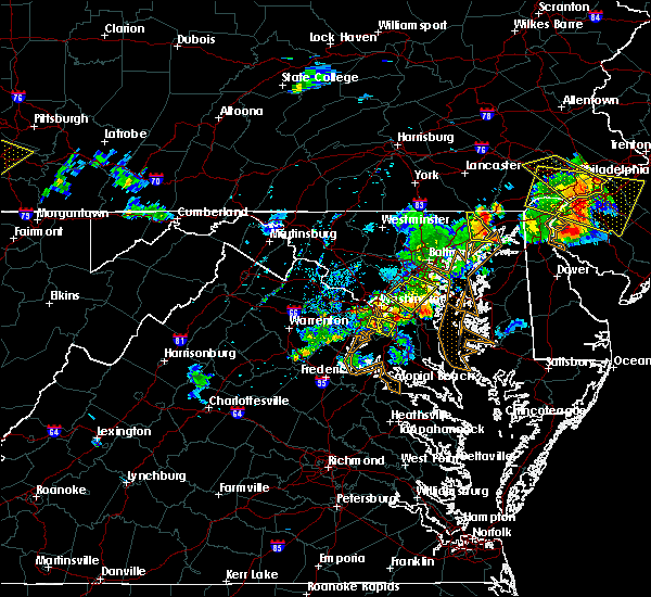 Radar Image for Severe Thunderstorms near Camp Springs, MD at 7/2/2019 8:33 PM EDT