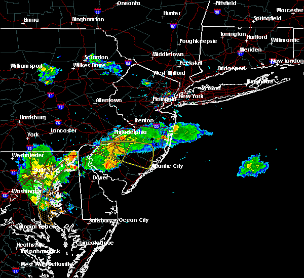 Radar Image for Severe Thunderstorms near Clayton, NJ at 7/2/2019 9:00 PM EDT