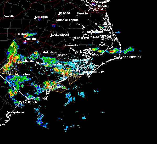 Radar Image for Severe Thunderstorms near Jacksonville, NC at 6/19/2015 7:42 PM EDT