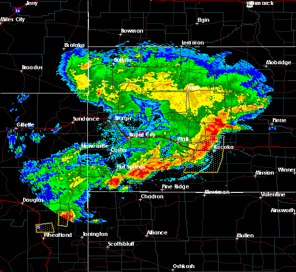 Radar Image for Severe Thunderstorms near Wanblee, SD at 7/4/2019 10:54 PM MDT