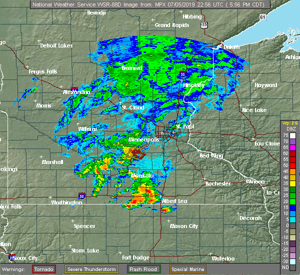 Radar Image for Severe Thunderstorms near Le Sueur, MN at 7/5/2019 6:04 PM CDT