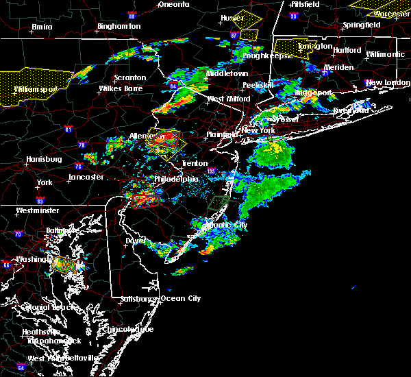 Radar Image for Severe Thunderstorms near Flemington, NJ at 7/6/2019 4:31 PM EDT