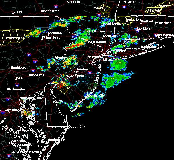 Radar Image for Severe Thunderstorms near Clayton, NJ at 7/6/2019 4:43 PM EDT