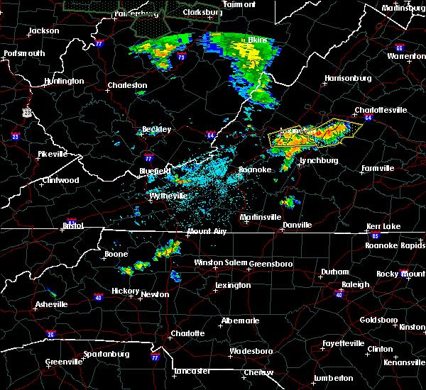 Radar Image for Severe Thunderstorms near Scottsville, VA at 7/6/2019 10:33 PM EDT