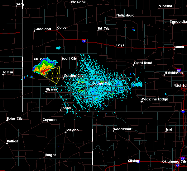 Radar Image for Severe Thunderstorms near Lakin, KS at 7/8/2019 5:48 PM CDT