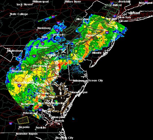 Radar Image for Severe Thunderstorms near Lexington Park, MD at 7/11/2019 7:33 PM EDT