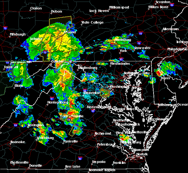 Radar Image for Severe Thunderstorms near Vienna, VA at 6/20/2015 6:32 PM EDT