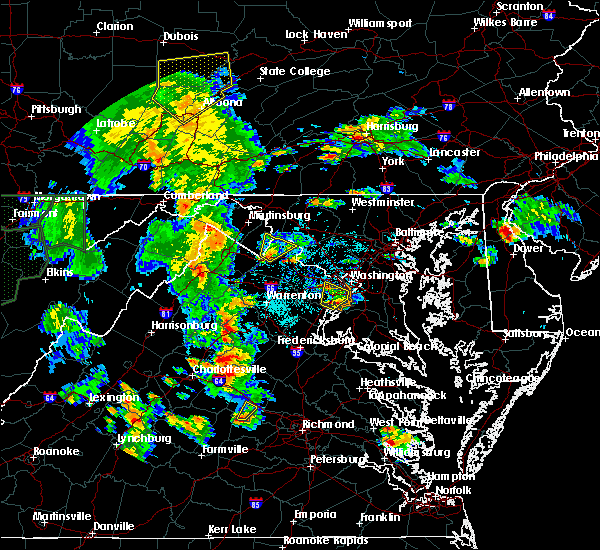 Radar Image for Severe Thunderstorms near Charles Town, WV at 6/20/2015 6:35 PM EDT