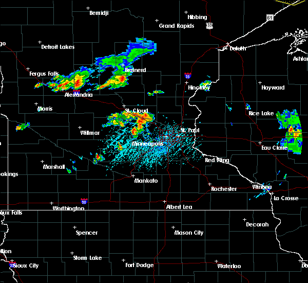 Radar Image for Severe Thunderstorms near Rogers, MN at 7/15/2019 4:32 PM CDT