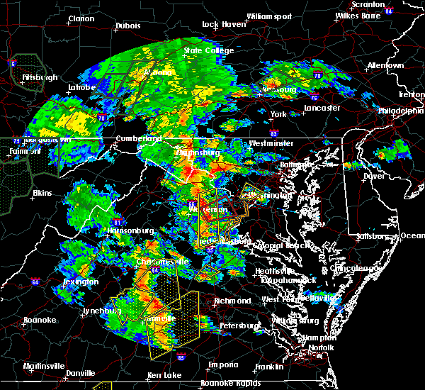 Radar Image for Severe Thunderstorms near Buckeystown, MD at 6/20/2015 7:38 PM EDT