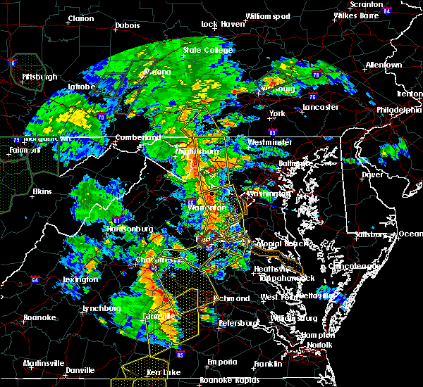 Radar Image for Severe Thunderstorms near Poolesville, MD at 6/20/2015 8:04 PM EDT