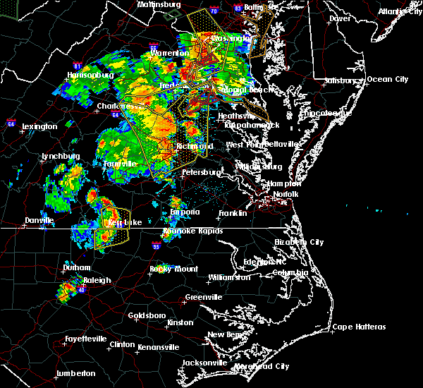 Radar Image for Severe Thunderstorms near Union Level, VA at 6/20/2015 8:27 PM EDT