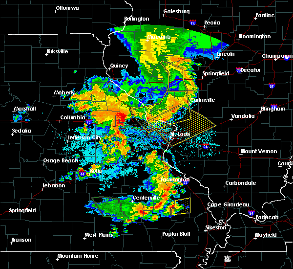 Radar Image for Severe Thunderstorms near St. John, MO at 7/17/2019 5:31 PM CDT