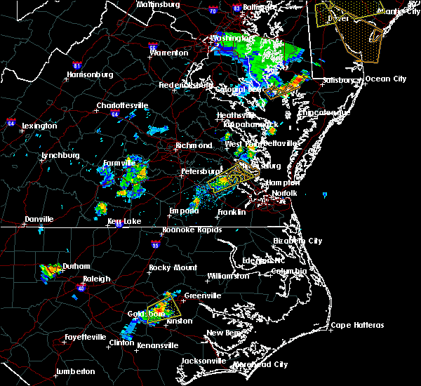 Radar Image for Severe Thunderstorms near Newport News, VA at 7/17/2019 8:10 PM EDT