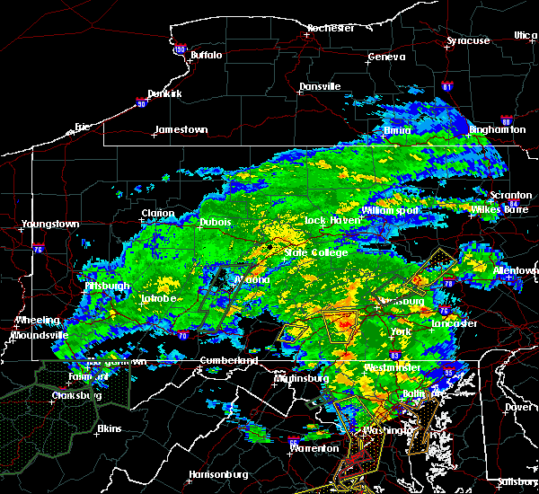Radar Image for Severe Thunderstorms near Carlisle, PA at 6/20/2015 8:48 PM EDT