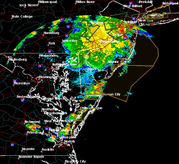 Radar Image for Severe Thunderstorms near Chincoteague, VA at 7/17/2019 9:16 PM EDT