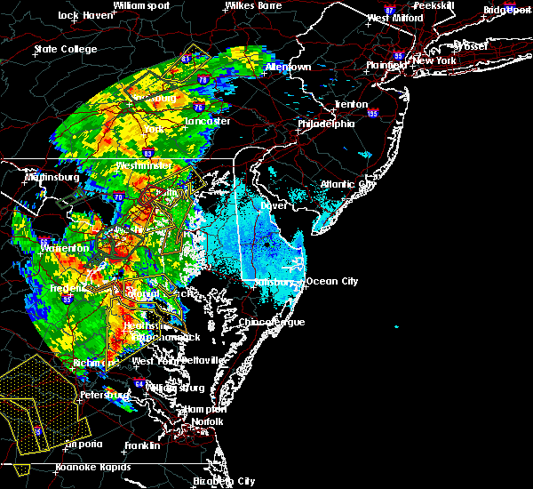 Radar Image for Severe Thunderstorms near Broomes Island, MD at 6/20/2015 9:11 PM EDT