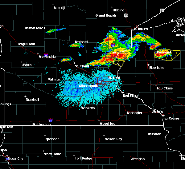 Radar Image for Severe Thunderstorms near Isanti, MN at 7/19/2019 4:51 PM CDT