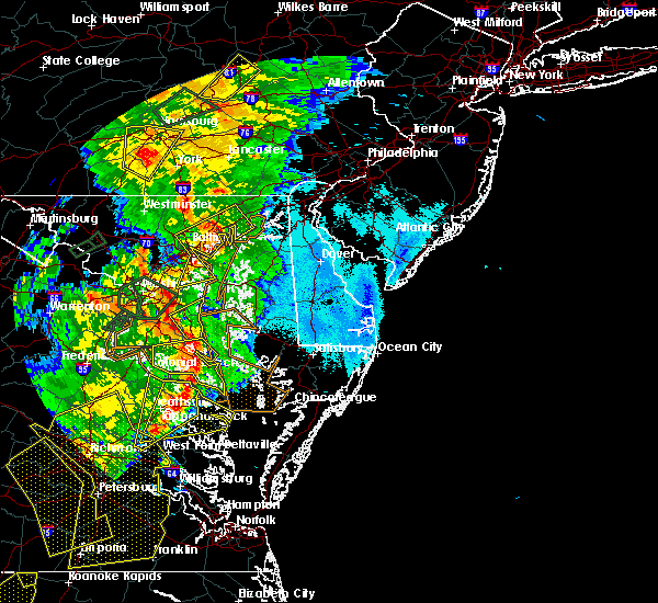 Radar Image for Severe Thunderstorms near Riverside, MD at 6/20/2015 9:32 PM EDT