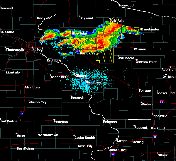 Radar Image for Severe Thunderstorms near Humbird, WI at 7/19/2019 7:24 PM CDT