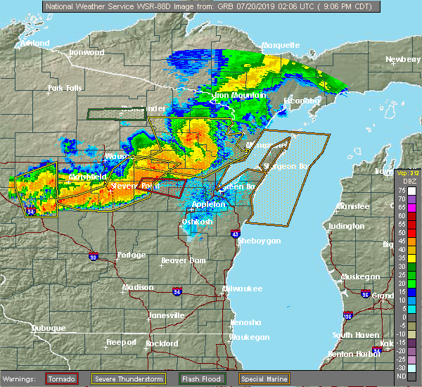 Radar Image for Severe Thunderstorms near Bear Creek, WI at 7/19/2019 9:16 PM CDT