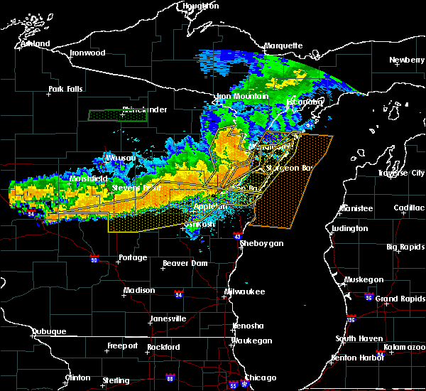 Radar Image for Severe Thunderstorms near Howard, WI at 7/19/2019 9:37 PM CDT
