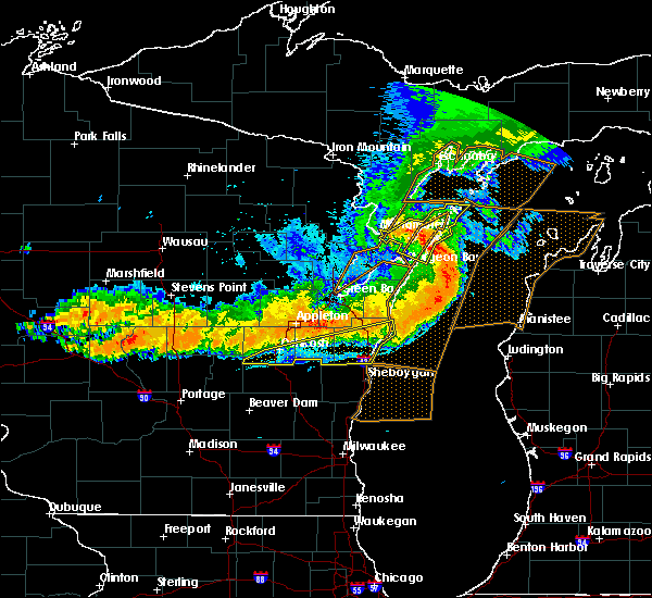 Radar Image for Severe Thunderstorms near Van Dyne, WI at 7/19/2019 10:22 PM CDT