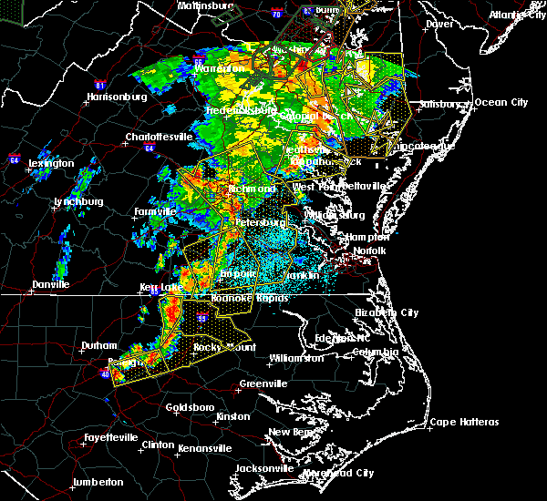 Radar Image for Severe Thunderstorms near Roanoke Rapids, NC at 6/20/2015 9:49 PM EDT