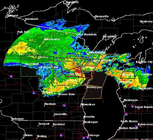 Radar Image for Severe Thunderstorms near Sturgeon Bay, WI at 7/20/2019 12:01 PM CDT