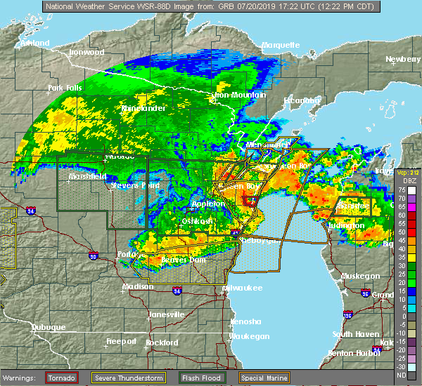 Radar Image for Severe Thunderstorms near Sturgeon Bay, WI at 7/20/2019 12:25 PM CDT