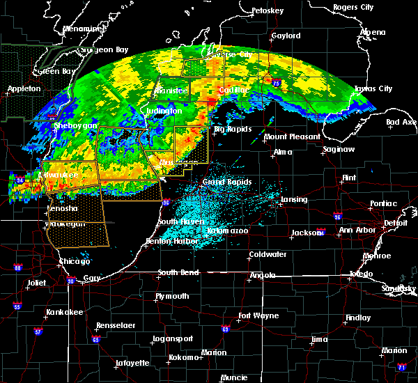 Radar Image for Severe Thunderstorms near Canadian Lakes, MI at 7/20/2019 3:14 PM EDT