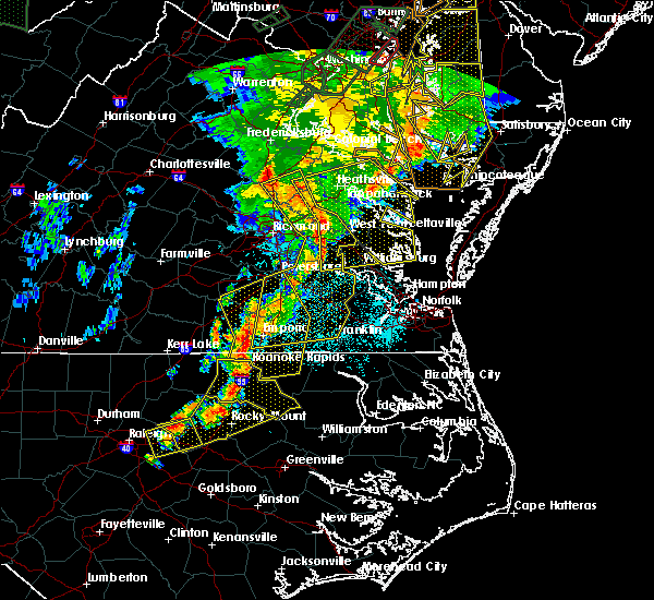 Radar Image for Severe Thunderstorms near Hopewell, VA at 6/20/2015 10:07 PM EDT