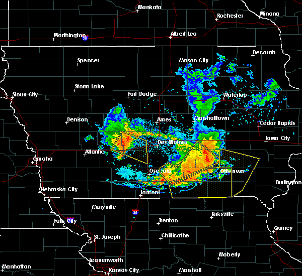 Radar Image for Severe Thunderstorms near Stuart, IA at 7/20/2019 6:44 PM CDT