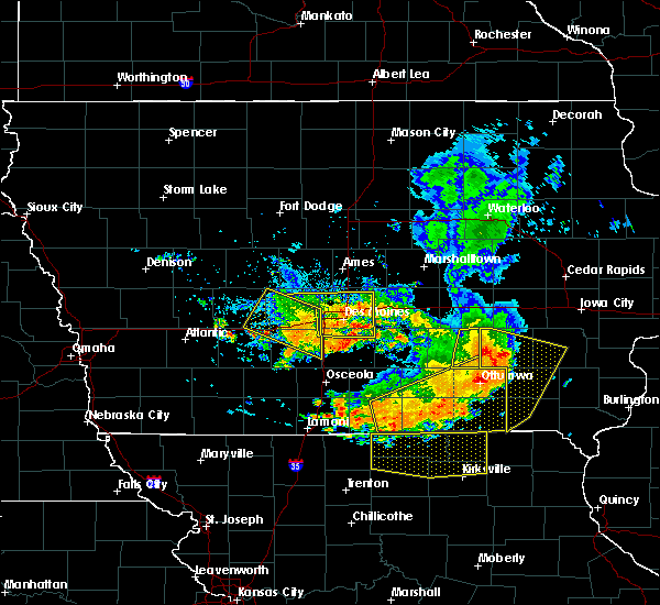 Radar Image for Severe Thunderstorms near Eddyville, IA at 7/20/2019 7:15 PM CDT
