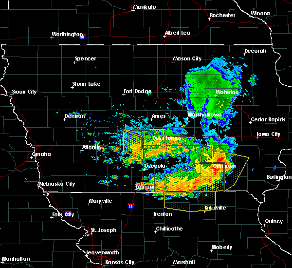 Radar Image for Severe Thunderstorms near De Soto, IA at 7/20/2019 7:29 PM CDT