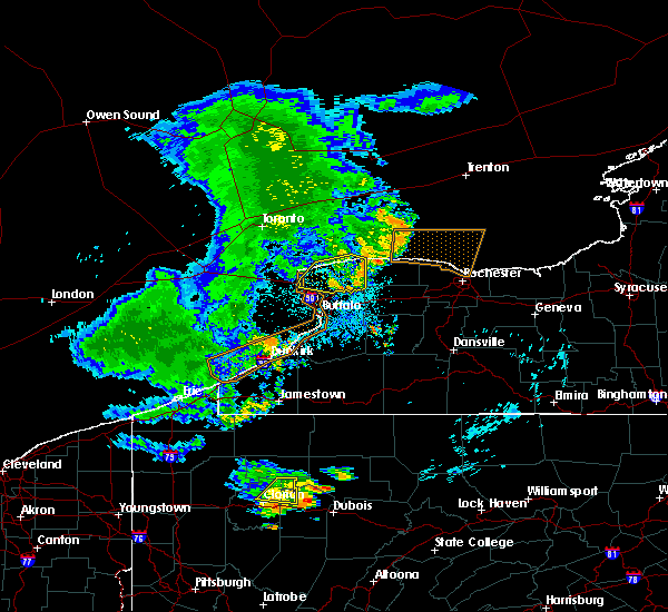 Radar Image for Severe Thunderstorms near Fairport, NY at 7/20/2019 11:05 PM EDT