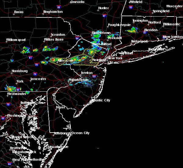 Radar Image for Severe Thunderstorms near Upper Stewartsville, NJ at 7/21/2019 6:52 PM EDT