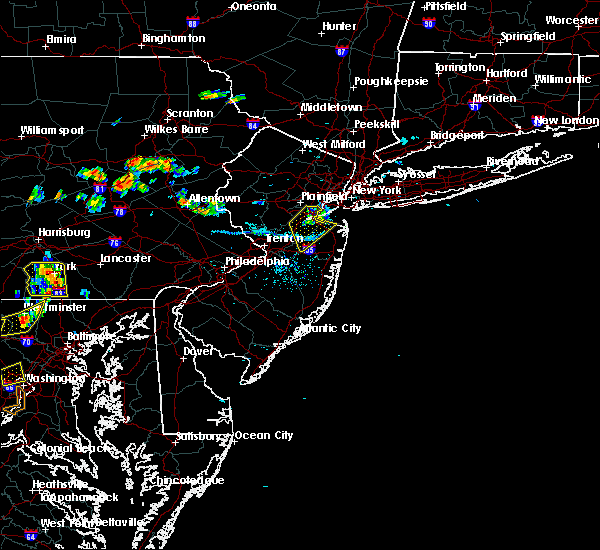 Radar Image for Severe Thunderstorms near Englishtown, NJ at 7/21/2019 8:10 PM EDT