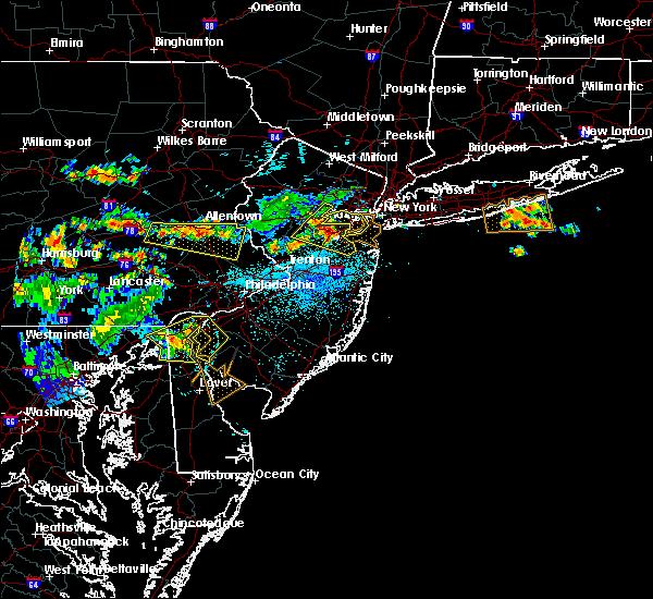 Radar Image for Severe Thunderstorms near Roselle Park, NJ at 7/21/2019 10:32 PM EDT
