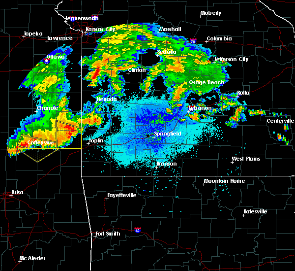 Radar Image for Severe Thunderstorms near La Russell, MO at 7/21/2019 9:56 PM CDT