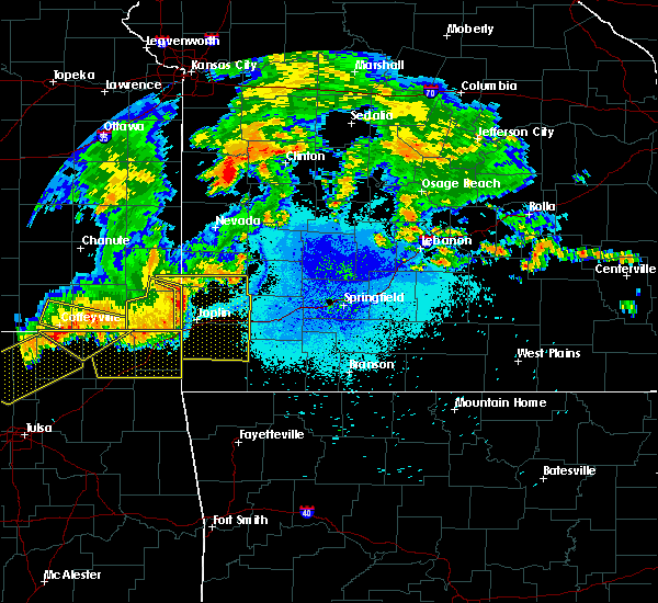 Radar Image for Severe Thunderstorms near La Russell, MO at 7/21/2019 10:15 PM CDT