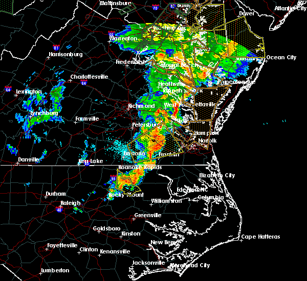 Radar Image for Severe Thunderstorms near Smithfield, VA at 6/20/2015 11:02 PM EDT
