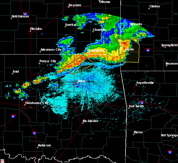 Radar Image for Severe Thunderstorms near Wynona, OK at 7/21/2019 10:35 PM CDT