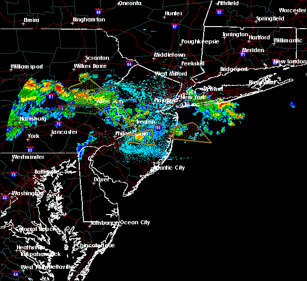 Radar Image for Severe Thunderstorms near Browns Mills, NJ at 7/22/2019 12:21 AM EDT