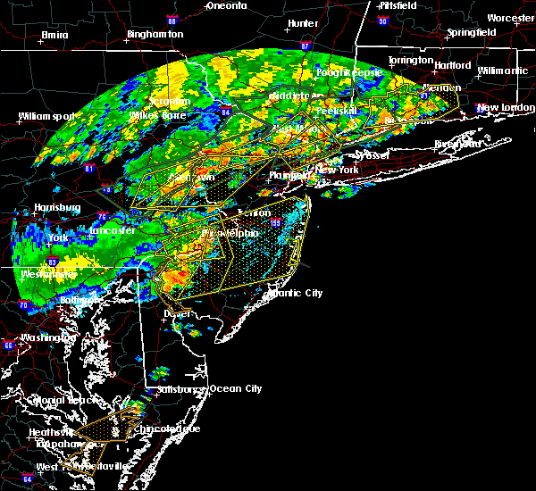 Radar Image for Severe Thunderstorms near Oak Valley, NJ at 7/22/2019 5:44 PM EDT