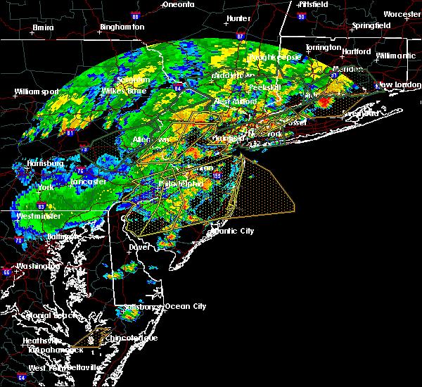 Radar Image for Severe Thunderstorms near Califon, NJ at 7/22/2019 6:11 PM EDT