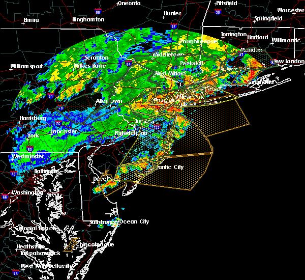 Radar Image for Severe Thunderstorms near Kendall Park, NJ at 7/22/2019 6:46 PM EDT