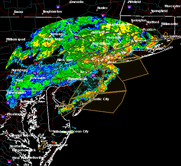Radar Image for Severe Thunderstorms near Englishtown, NJ at 7/22/2019 6:58 PM EDT