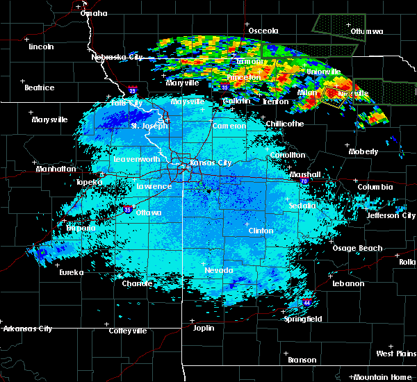 Radar Image for Severe Thunderstorms near Kirksville, MO at 6/20/2015 11:35 PM CDT